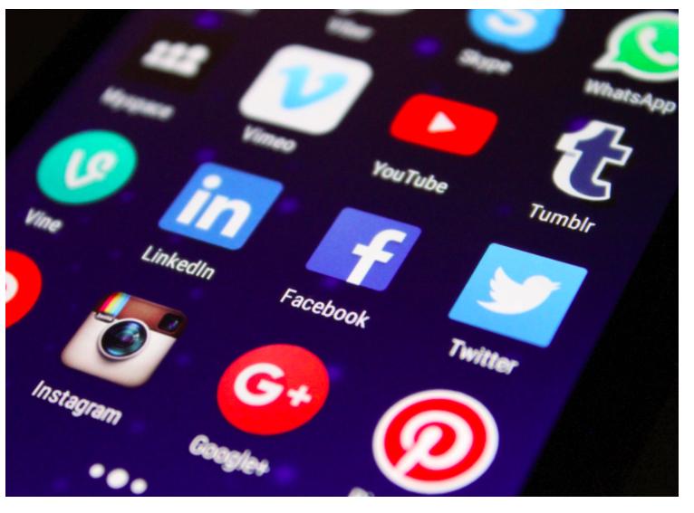 Business Intelligence And Social Media Listening